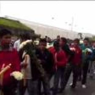Impiden en la Basílica de Guadalupe celebrar misa por los normalistas de Ayotzinpa