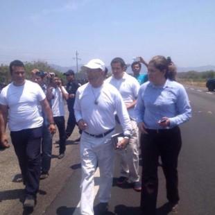 Instituto Nacional de Migración impide salida de Viacrucis Migrante de Ciudad Ixtepec