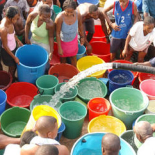 Privatización global del agua por megabancos de Wall Street y el Banco Mundial