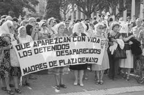 El de 1976 en Argentina no fue un golpe militar sino un golpe capitalista