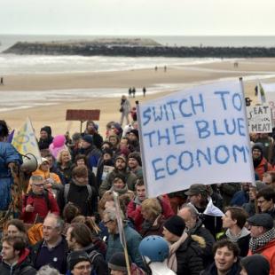 Más de 10 mil belgas se reúnen contra el cambio climático
