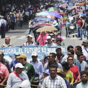 """La reforma educativa es el """"fracaso del sexenio"""": CNTE"""