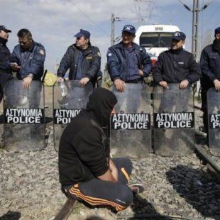 """En Grecia a pesar de la criminalización, los movimientos sociales llenan de contenido la palabra """"solidaridad"""""""