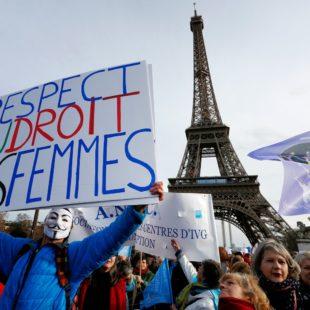 En abril se concretará el aborto universal y gratuito en Francia