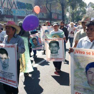 Día a día, Caravana por los 43 normalistas de Ayotzinapa