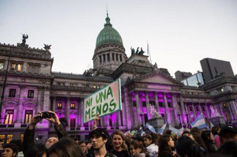 Miles de mujeres se movilizan por sus derechos